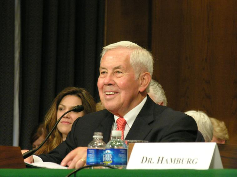 Senator Lugar introducing Dr. Hamburg